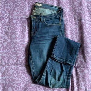 J Brand Skinny Jeans in Pure